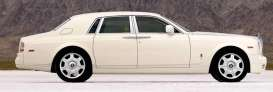 Rolls Royce  - 2009 white - 1:43 - TrueScale - m114324 - tsm114324 | The Diecast Company