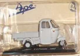 Piaggio  - 1962 grey - 1:32 - Magazine Models - ApC4 - MagApC4 | The Diecast Company