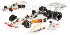 McLaren  - 1973 white/orange - 1:43 - Minichamps - 530734331 - mc530734331 | The Diecast Company