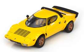 Lancia  - 1975 yellow - 1:18 - SunStar - 4524 - sun4524 | The Diecast Company