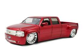 Chevrolet  - 1999 red - 1:24 - Jada Toys - 90365r - jada90365r | The Diecast Company