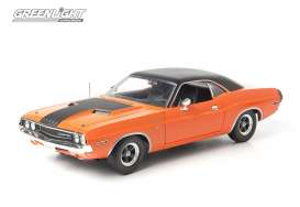 Dodge  - 1970 orange/black - 1:18 - GreenLight - 12846 - gl12846 | The Diecast Company