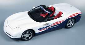 Chevrolet  - 2004 white/blue - 1:18 - Auto World - 204 - AW204 | The Diecast Company