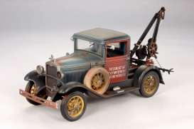 Ford  - 1931 weathered - 1:18 - SunStar - 12451 - sun12451 | The Diecast Company