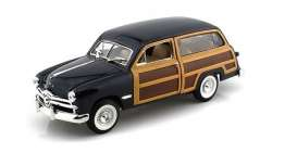 Ford  - 1949 meadow green - 1:18 - SunStar - sun6001 | The Diecast Company