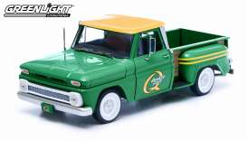 Chevrolet  - C-10 Styleside pick-up  1965 green - 1:18 - GreenLight - 12874 - gl12874 | The Diecast Company
