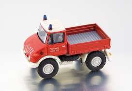 Unimog  - red - 1:87 - Bub - bub05780 | The Diecast Company