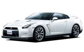 Aoshima - Nissan  - abk108072 : 2012 Nissan GT-R (R35) Pure Edition Pre-Painted, plastic modelkit