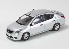 Nissan  - Latio silver - 1:43 - J Collection - 77001SL - jc77001SL | The Diecast Company