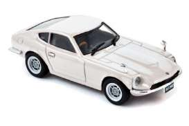 Datsun  - 1971 white - 1:43 - Norev - 800099 - nor800099 | The Diecast Company