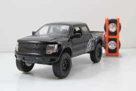 Ford  - 2011 black - 1:24 - Jada Toys - 54027W2-4 - jada54027W2-4 | The Diecast Company