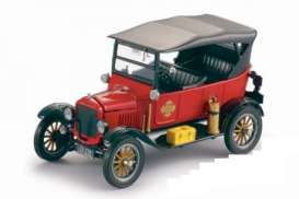 Ford  - 1925 red - 1:24 - SunStar - 1902 - sun1902 | The Diecast Company