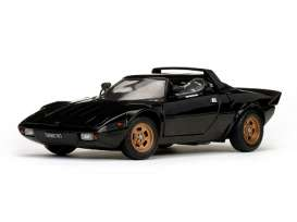 Lancia  - 1975 black - 1:18 - SunStar - 4563 - sun4563 | The Diecast Company