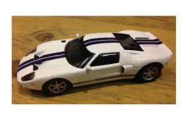 Ford  - 2002 white/blue - 1:43 - Magazine Models - SCfordGT - magSCfordGT | The Diecast Company