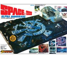MPC -   - MPC803 : 1/3200 Space 1999: Moon Base Alpha, plastic modelkit