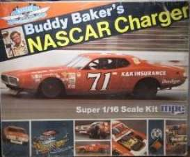 MPC - Dodge  - mpc811 : 1/16 1973 Dodge Charger Buddy Baker Nascar, plastic modelkit
