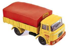 Renault  - yellow/red - 1:43 - Norev - C80340 - norC80340 | The Diecast Company