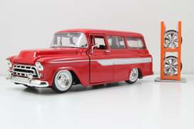 Chevrolet  - 1957 red - 1:24 - Jada Toys - 54027W4-4 - jada54027W4-4 | The Diecast Company