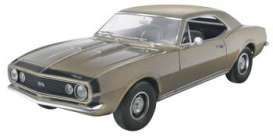 Chevrolet  - 1967  - 1:25 - Revell - US - rmxs4936 | The Diecast Company
