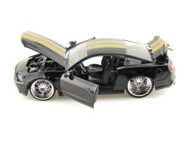 Ford  - 2010 black/gold - 1:24 - Jada Toys - 92205bkgd - jada92205bkgd | The Diecast Company