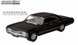 Chevrolet  - Impala Sport Sedan 2011 black - 1:64 - GreenLight - 44692 - gl44692 | The Diecast Company