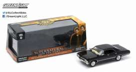 Chevrolet  - Impala 4-door *Supernatural* 1967 black - 1:43 - GreenLight - 86441 - gl86441 | The Diecast Company
