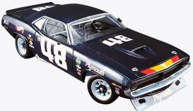 Plymouth  - Barracuda  #48 Dan Gurney 1970 blue/yellow - 1:18 - Acme Diecast - acme1806101 | The Diecast Company