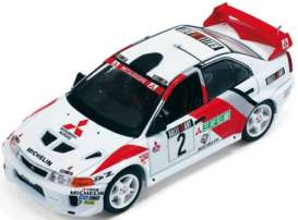 Mitsubishi  - 1998 red/white - 1:43 - IXO Models - ram524 - ixram524 | The Diecast Company