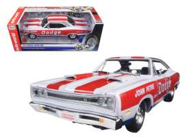Dodge  - Coronet Superbee 1969 white/red/blue - 1:18 - Auto World - 222 - AW222 | The Diecast Company
