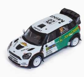 Mini  - 2013 green/white - 1:43 - IXO Models - ram547 - ixram547 | The Diecast Company