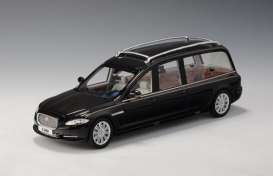 Jaguar  - 2013 black - 1:43 - Great Lighting Models - GLM213701 | The Diecast Company