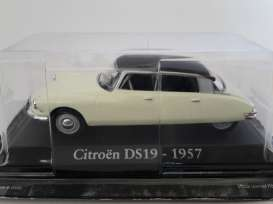 Citroen  - 1957 creme/brown - 1:43 - Magazine Models - RBADS19 - magRBADS19 | The Diecast Company