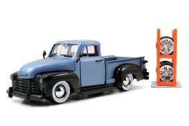 Chevrolet  - 1953 blue/black - 1:24 - Jada Toys - 54027W11-1 - jada54027W11-1 | The Diecast Company