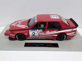 Alfa Romeo  - 75 1988 red - 1:18 - Top Marques - TM32 | The Diecast Company