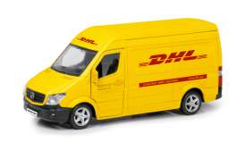 Mercedes Benz  - 2014 yellow  - 1:36 - RMZ City - RMZ544024A | The Diecast Company