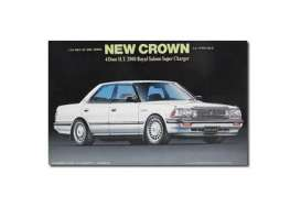Toyota  - Crown 4-door Royal Saloon  - 1:24 - Fujimi - fuji039947 | The Diecast Company