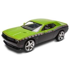 Dodge  - 2013  - 1:25 - Revell - US - rmxs4398 | The Diecast Company