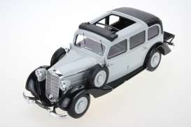 Mercedes Benz  - 1936 grey - 1:18 - Triple9 Resin series - T9R1800105 - T9R1800105 | The Diecast Company