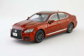 Lexus  - red - 1:43 - Kyosho - kyo3659rm | The Diecast Company