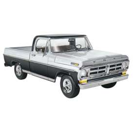 Ford  - Sport Custom Pickup 1972  - 1:25 - Moebius - M1220 - moes1220 | The Diecast Company