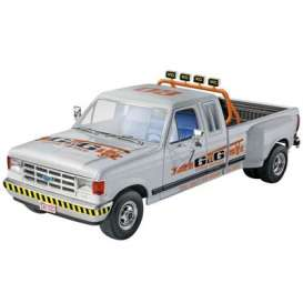 Ford  - 1991  - 1:24 - Revell - US - rmxs4376 | The Diecast Company