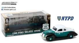 Ford  - Deluxe Coupe *NYPD* 1940 green/white/black - 1:18 - GreenLight - 12972 - gl12972 | The Diecast Company