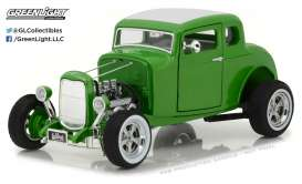 GreenLight - Ford  - gl12974 : 1932 Custom Ford Hot Rod *Gas Monkey Garage*, metallic green with 5 spoke tires.