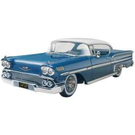 Chevrolet  - 1958  - 1:25 - Revell - US - rmxs4419 | The Diecast Company