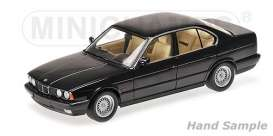 BMW  - 535i (E34) 1988 blue metallic - 1:18 - Minichamps - 100024004 - mc100024004 | The Diecast Company