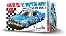 AMT - Plymouth  - amts989 : 1964 Plymouth Belvedere Richard Petty Daytona 500 winner, plastic modelkit