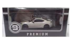 Subaru  - 2014 white/black - 1:43 - Triple9 Premium - T9P10024 | The Diecast Company