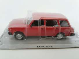 Lada  - red - 1:43 - Magazine Models - PCla2104r - magPCla2104r | The Diecast Company