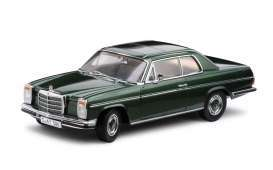 Mercedes Benz  - Strich 8 saloon 1968 moss green - 1:18 - SunStar - sun4586 | The Diecast Company