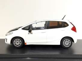 Tarmac - Honda  - Tarmac10WH : 2014 Honda Fit RS (3rd generation) *Spoon Sports*, white with carbon bonnet